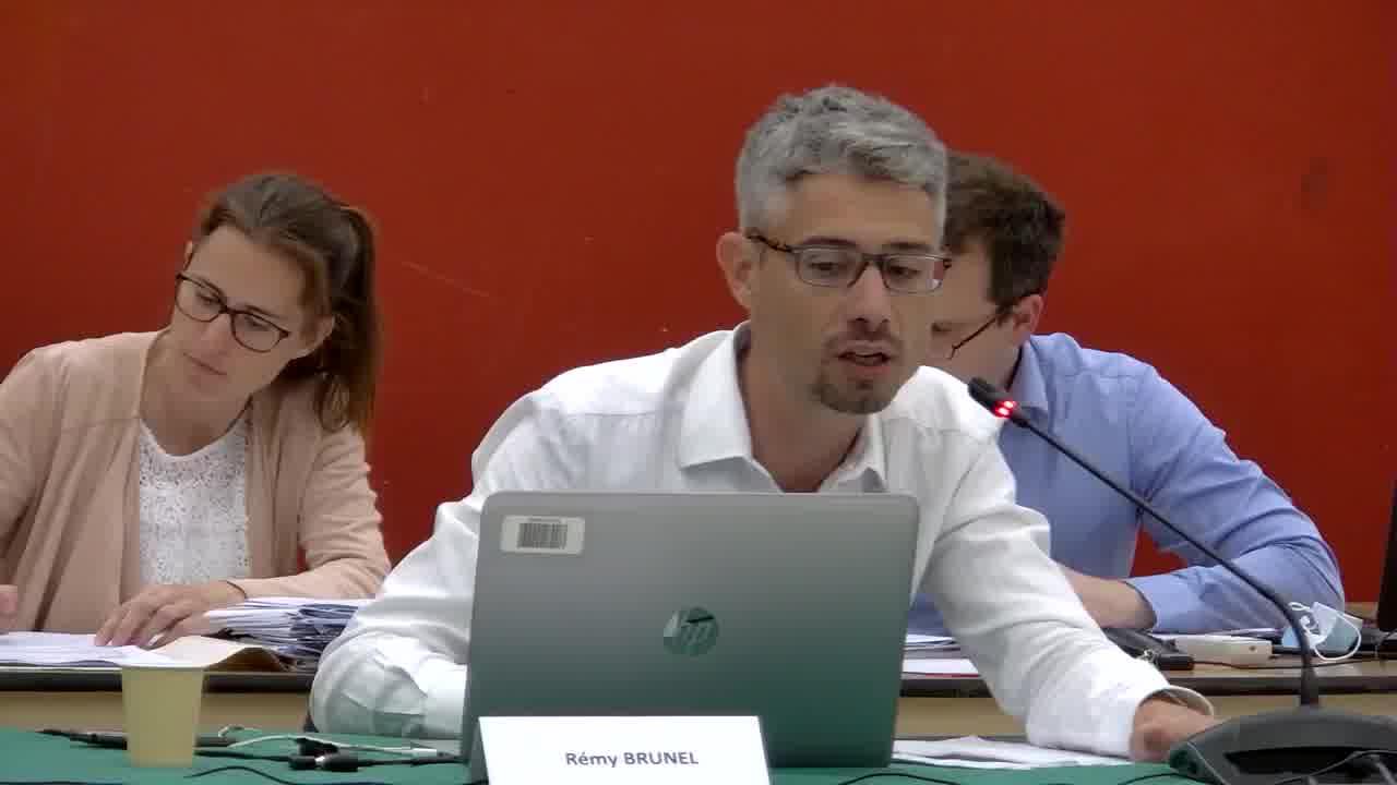 37. Rapport d'utilisation du Fonds de Solidarité des communes de la Région Ile de France (FSRIF) et de la Dotation de Solidarité Urbaine et de cohésion sociale (DSU) pour l'année 2019