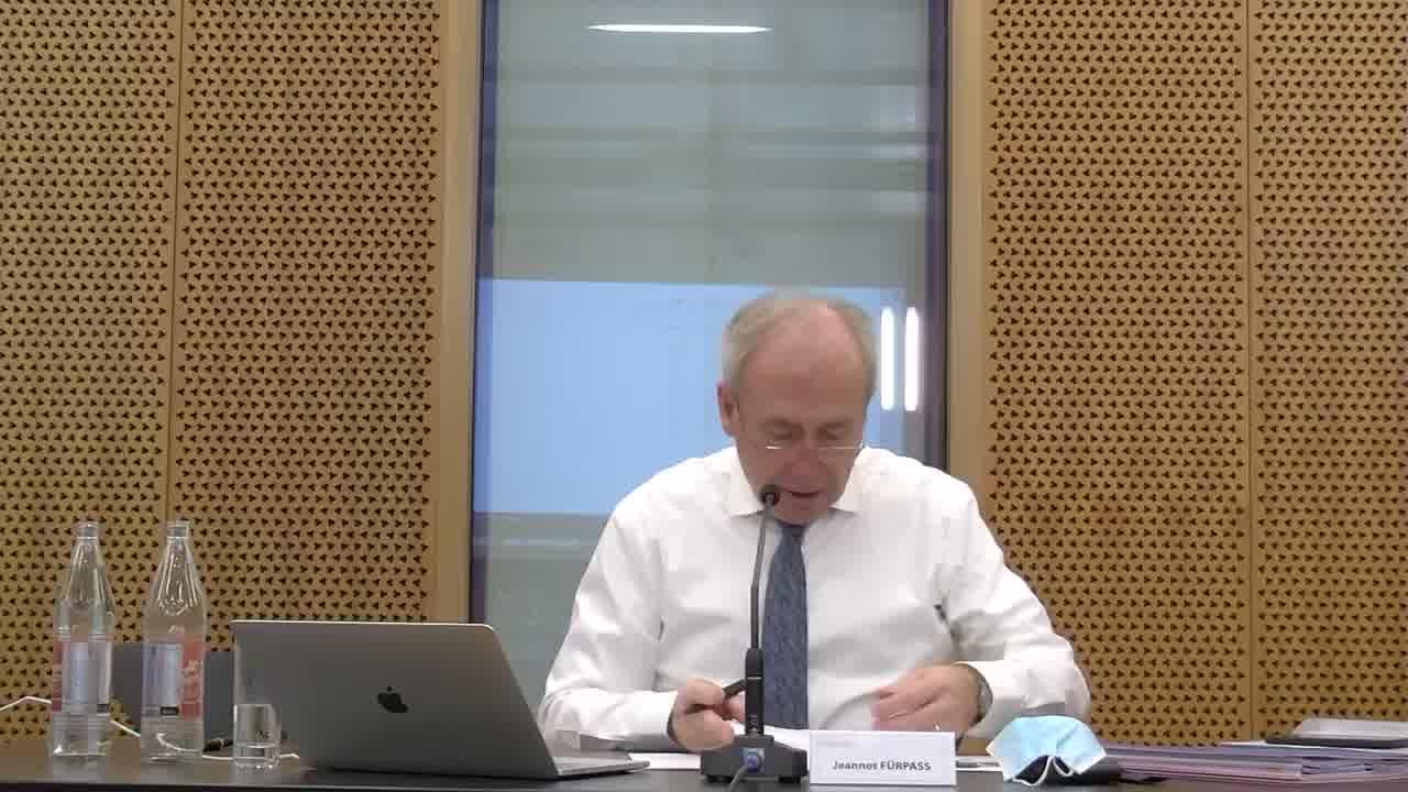 10) b)Actes et compromis: Acte Etat du Luxembourg  -> point retiré de l'ordre du jour